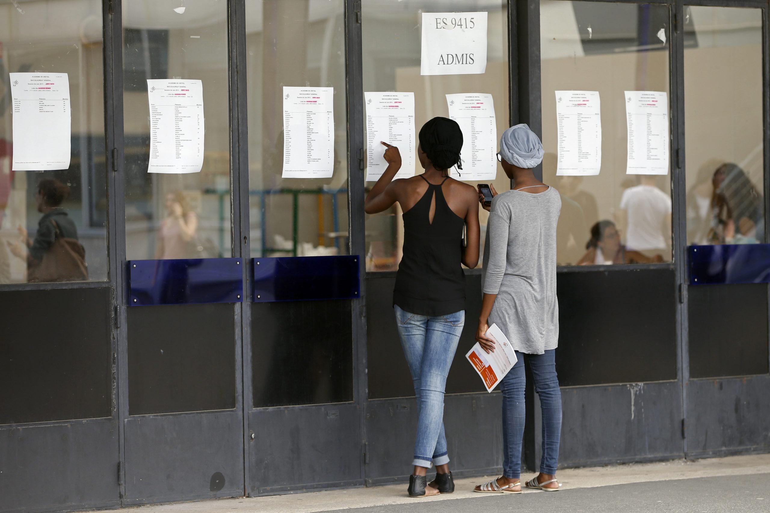 France: Taux de réussite de 91,5% au bac, contre 77,8% en 2019