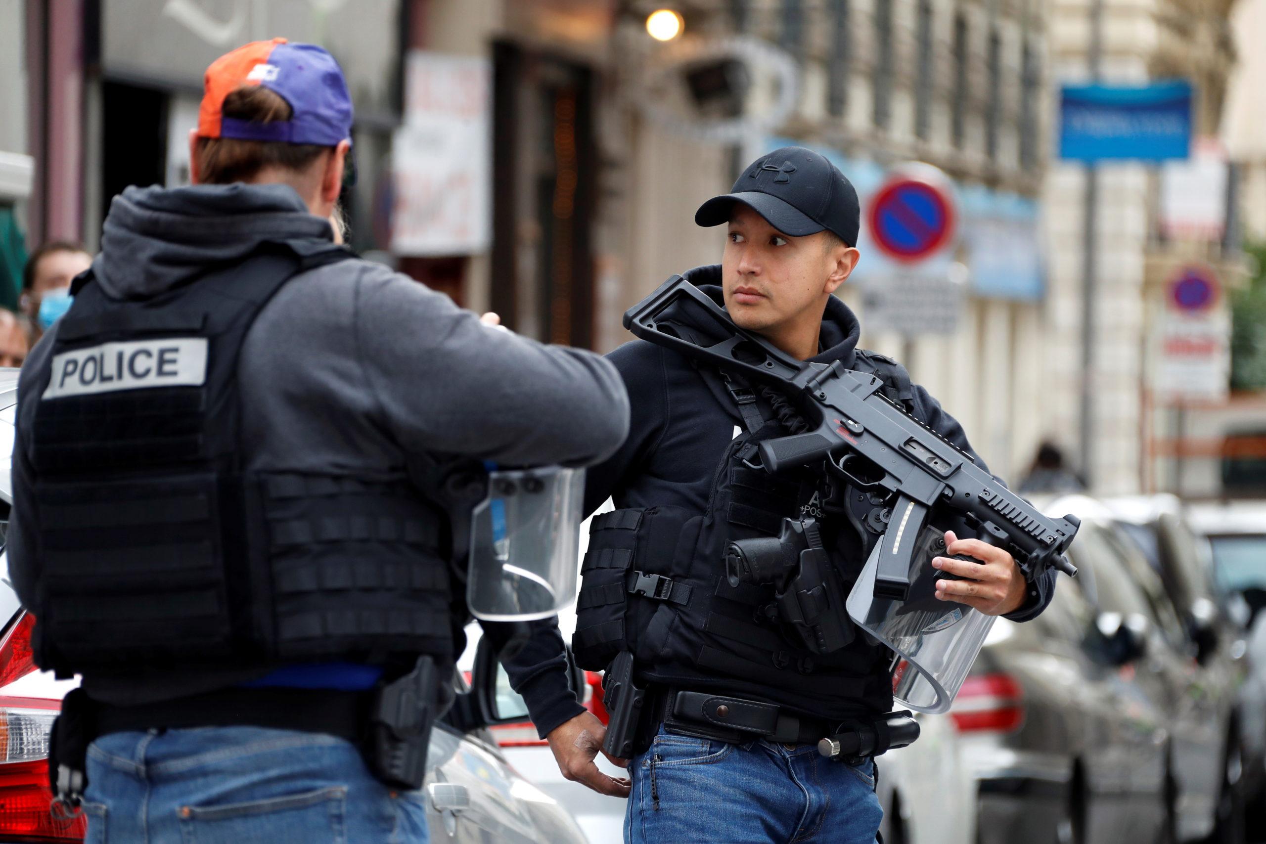 """France: Vigipîrate porté au niveau """"urgence attentat"""" dans tout le pays"""