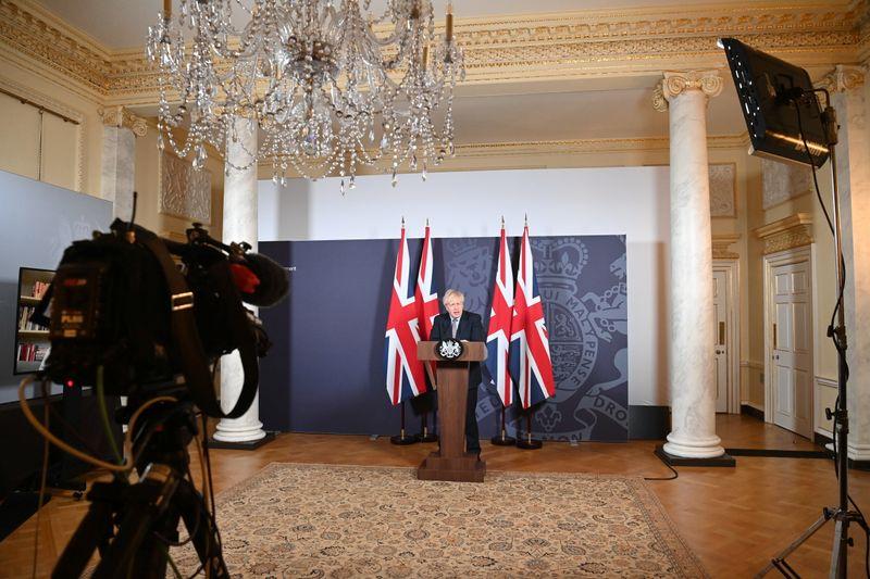 """Grande-Bretagne: L'accord post-Brexit résout la question """"controversée"""" de l'Europe, selon Johnson"""