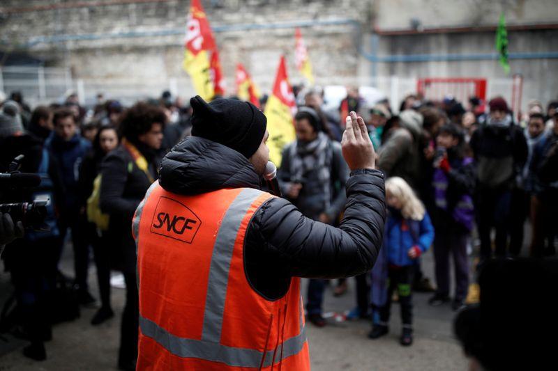 Forte mobilisation en France contre le projet de réforme des retraites