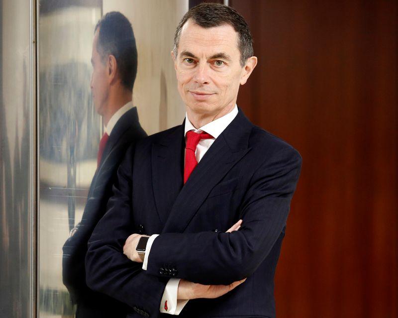 Jean-Pierre Mustier sur le départ, UniCredit flanche en Bourse