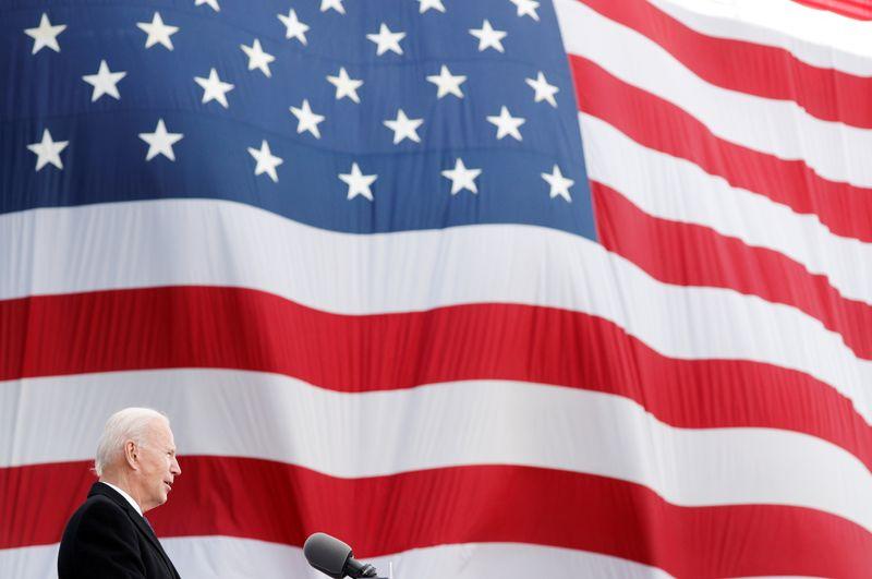 Joe Biden va réintègrer l'accord de Paris, première étape de son action climatique