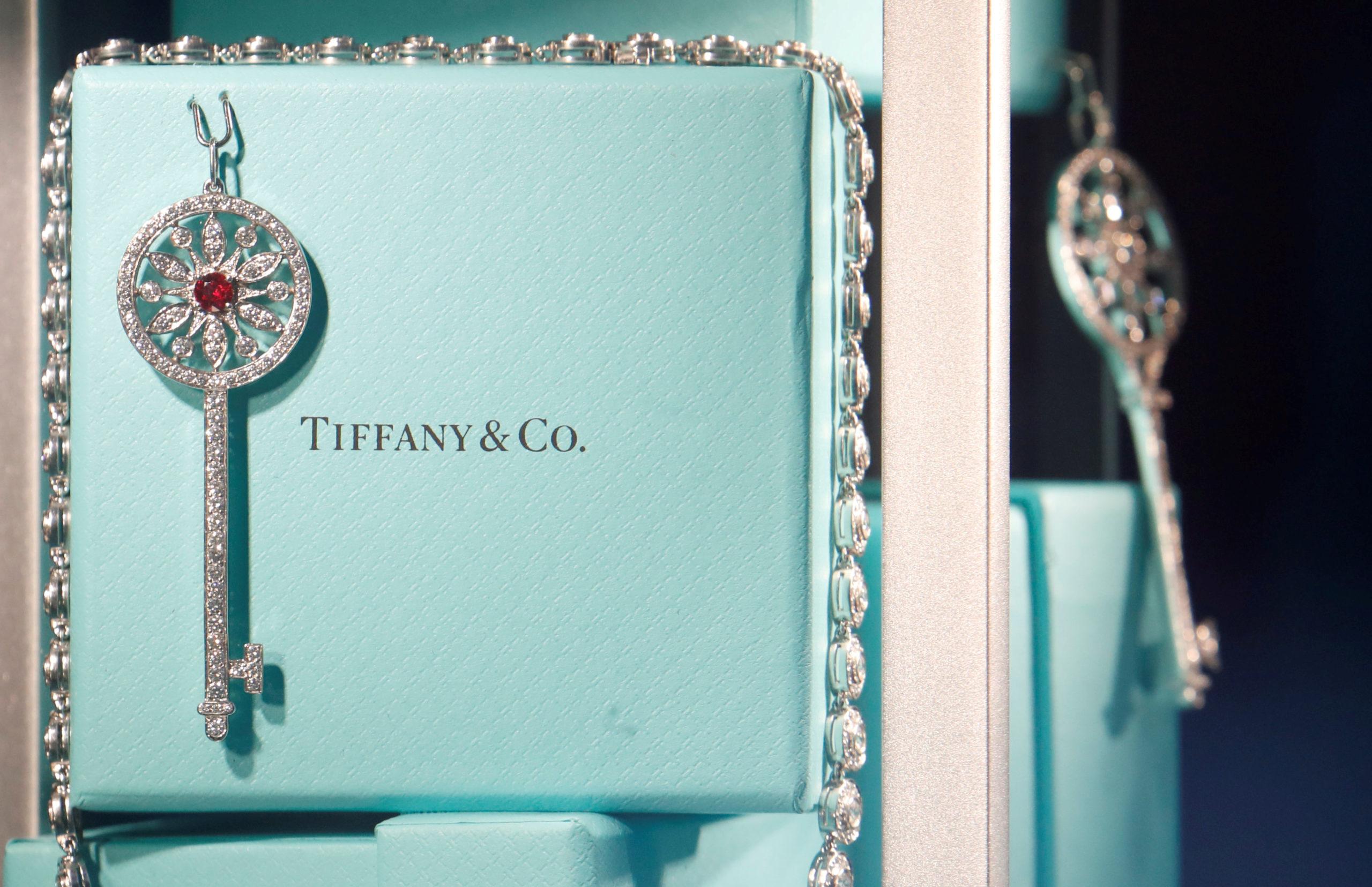L'Elysée à l'initiative de l'intervention de l'Etat dans le dossier du rachat de Tiffany par LVMH