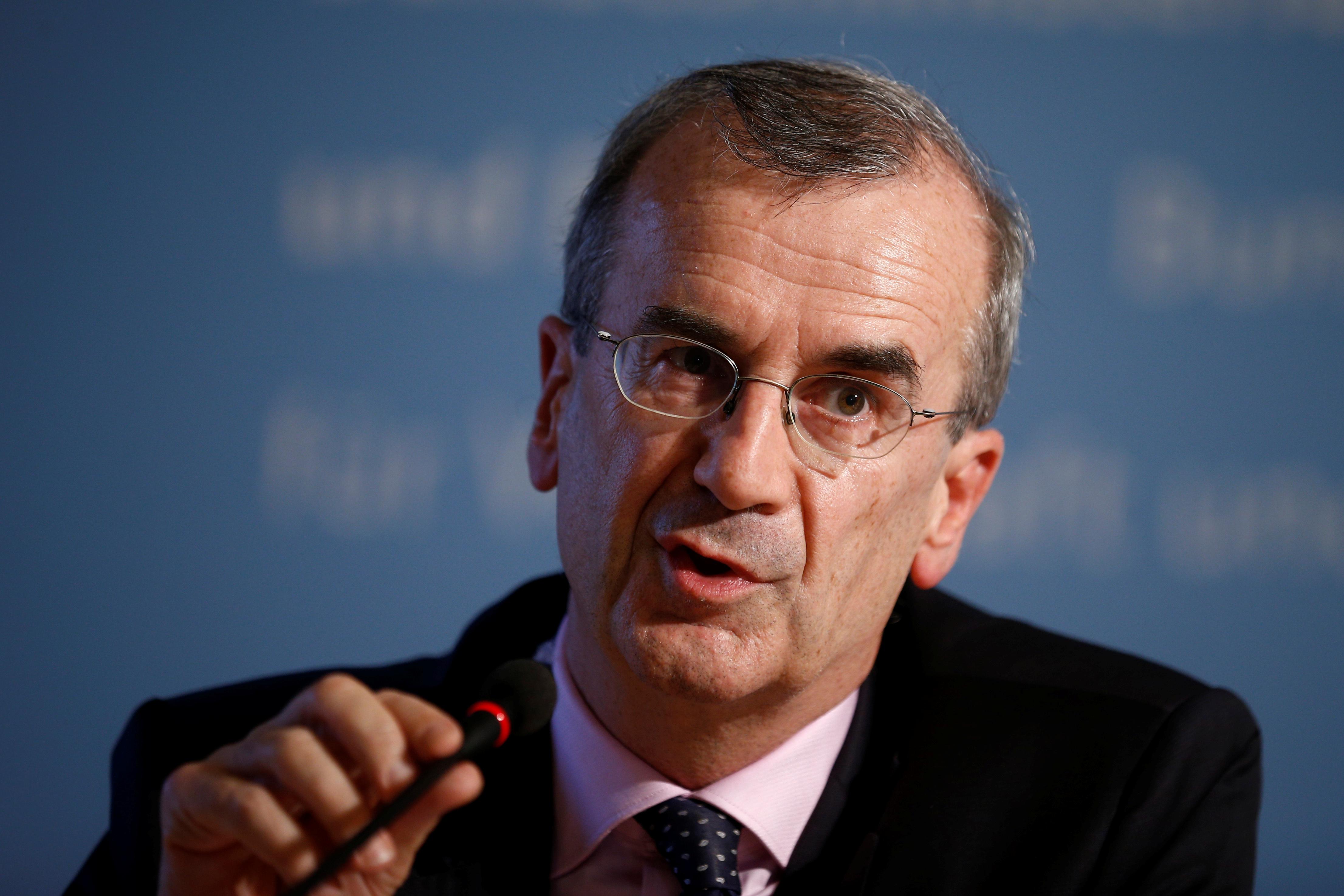 La BCE doit envisager de reformuler son objectif d'inflation, dit Villeroy de Galhau