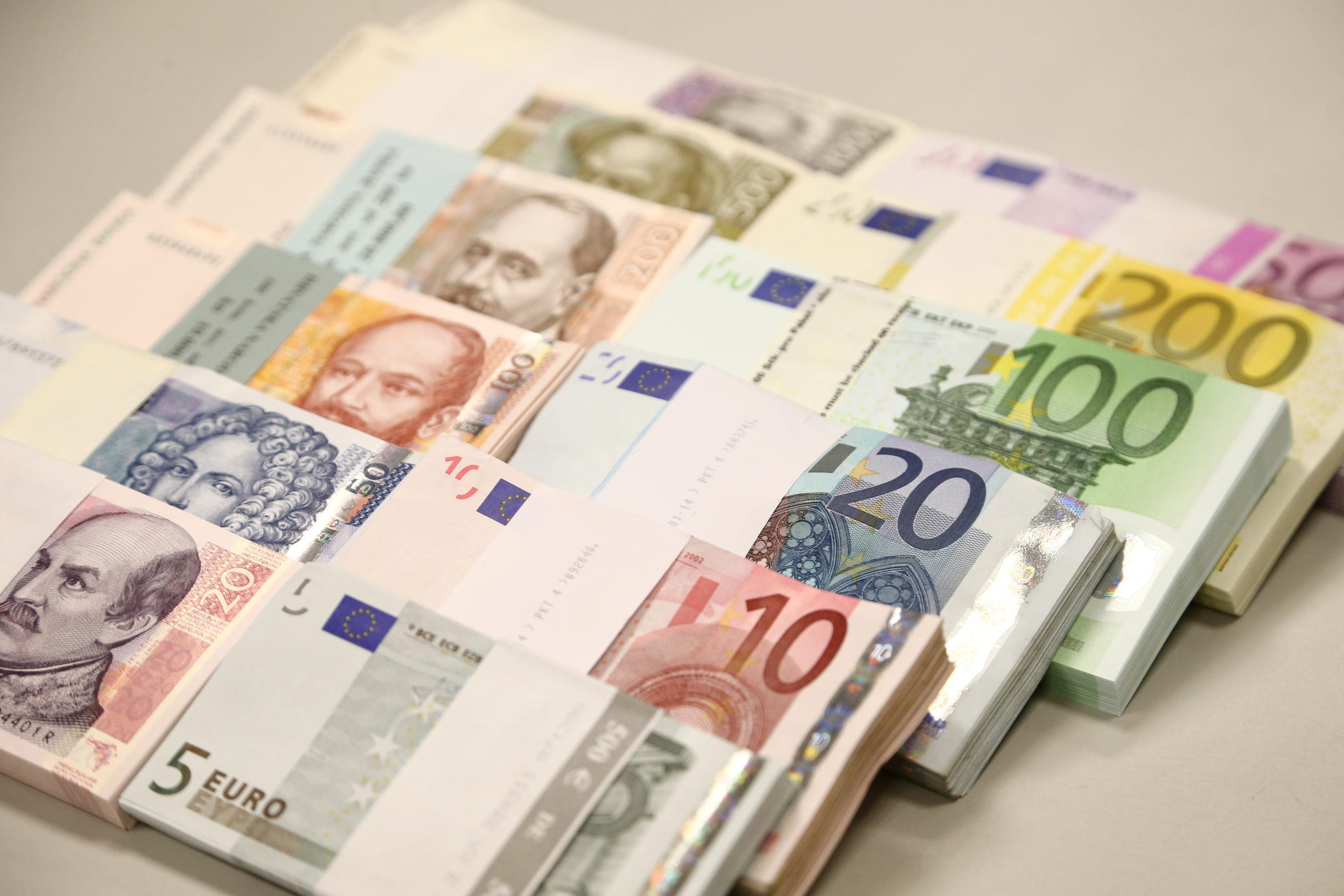 La Commission européenne autorise pour 20 milliards d'euros d'aides publiques françaises