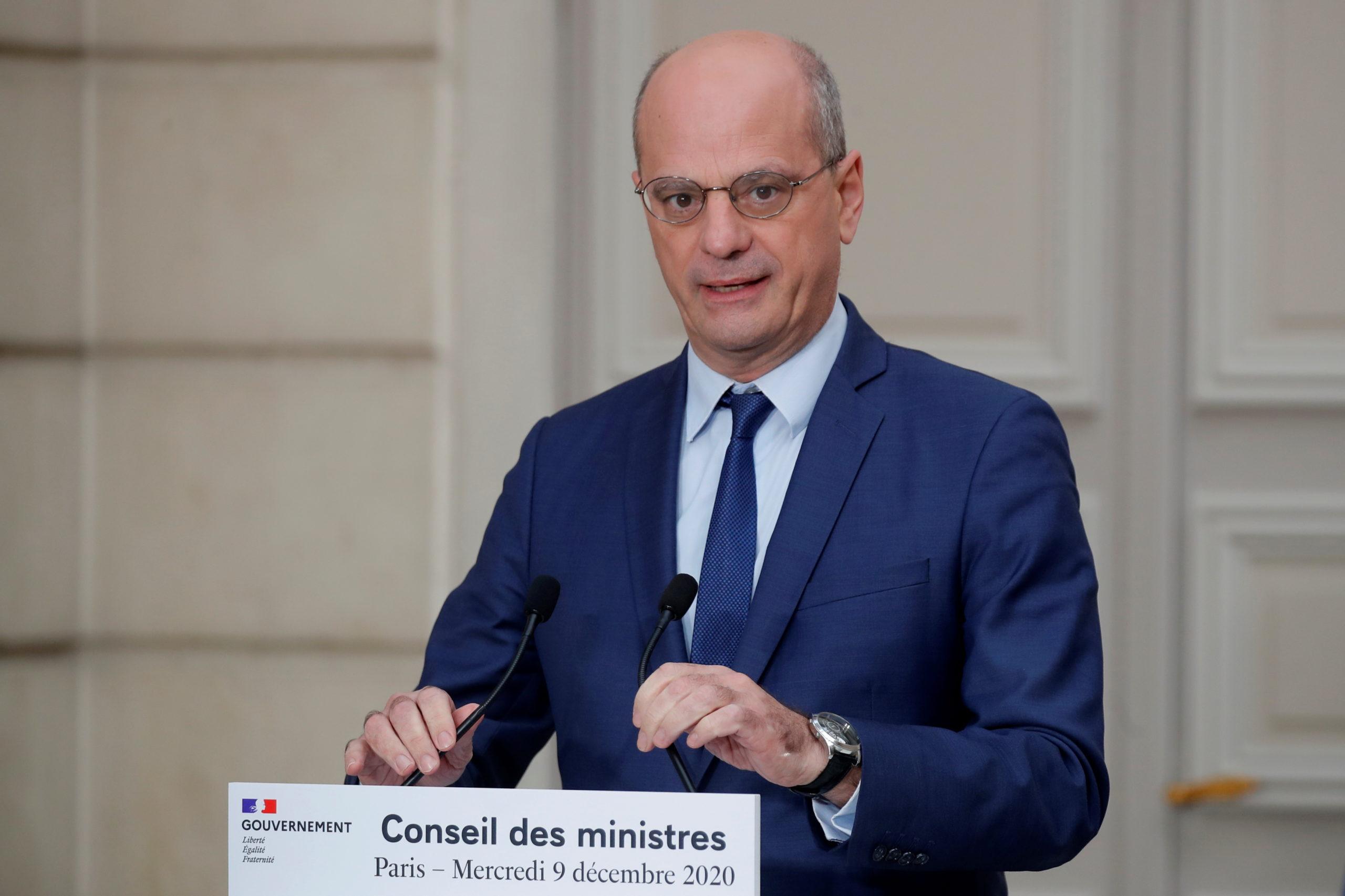 La France va recruter des étudiants pour les tests salivaires dans les écoles