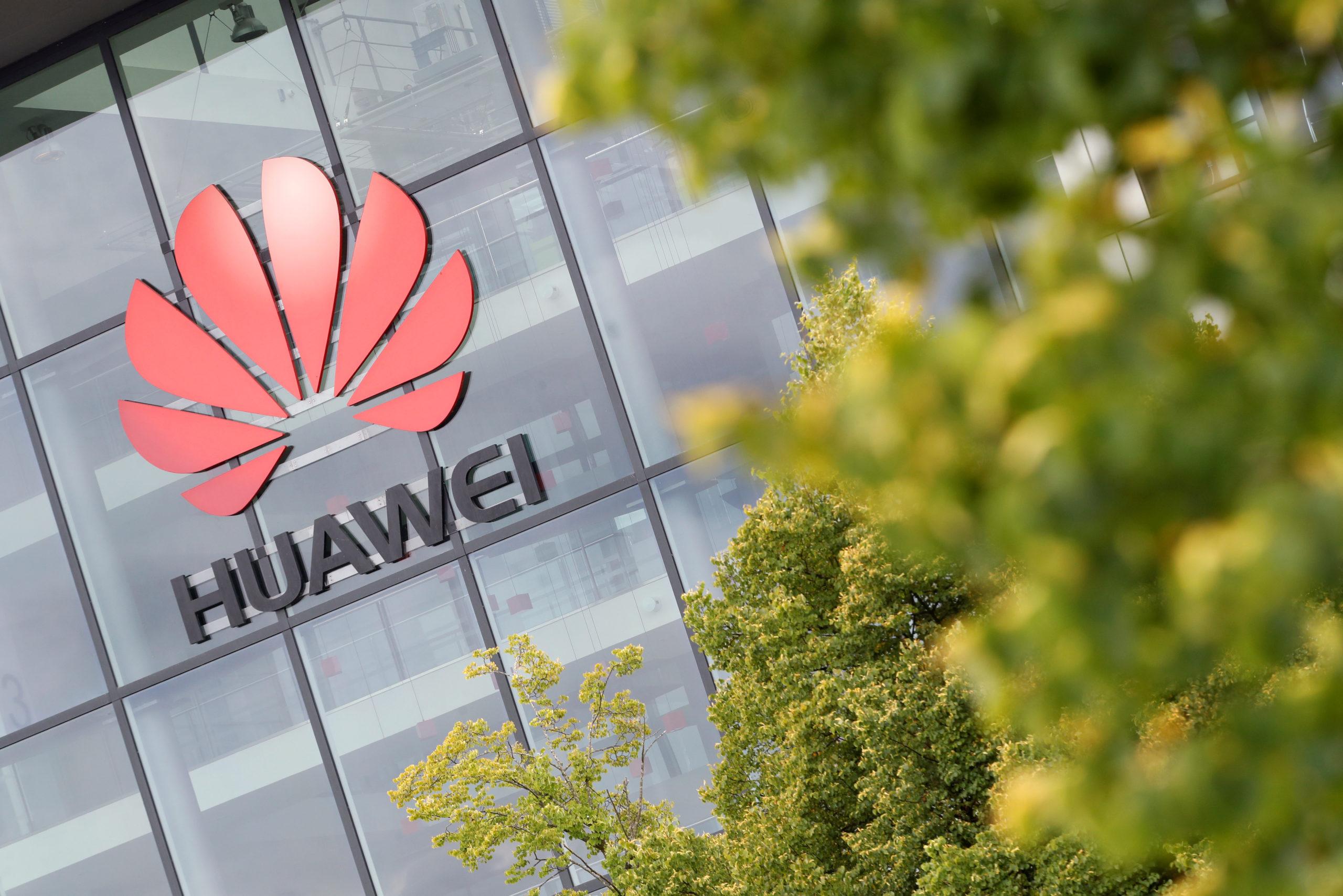 La Grande-Bretagne va bannir Huawei de son réseau télécoms 5G