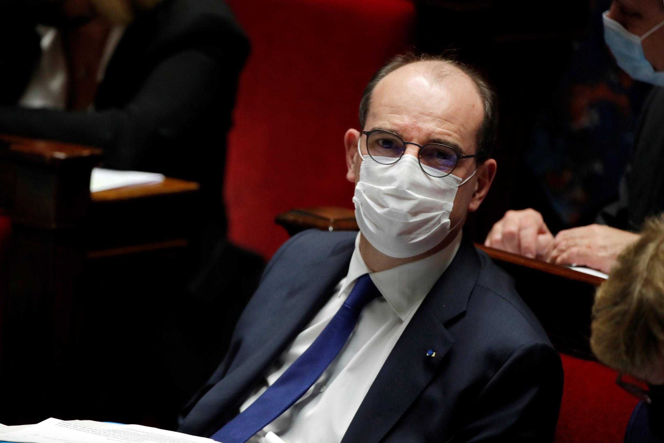 """""""Le moment est venu"""" pour de nouvelles mesures en Ile-de-France, dit Castex"""