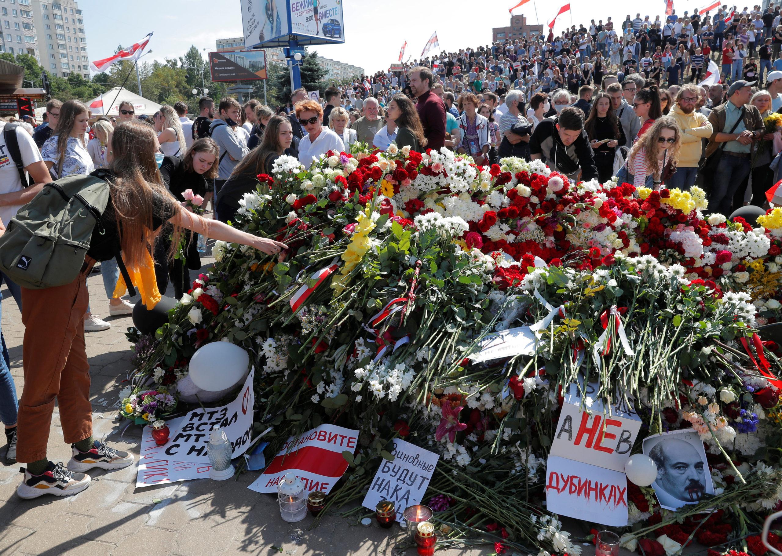 Le président biélorusse appelle Vladimir Poutine à l'aide
