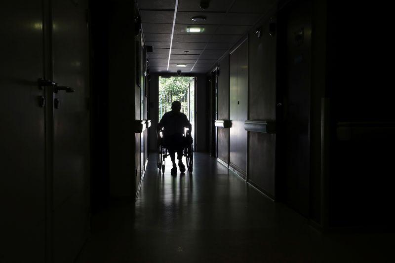 Le système de retraite à l'équilibre au mieux dans les années 2030, selon Le Monde