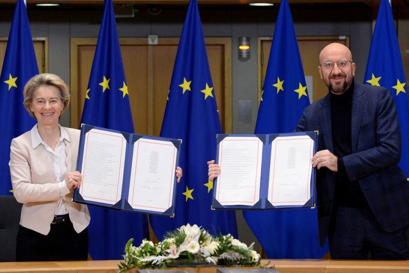Les dirigeants européens signent l'accord conclu avec le Royaume-Uni