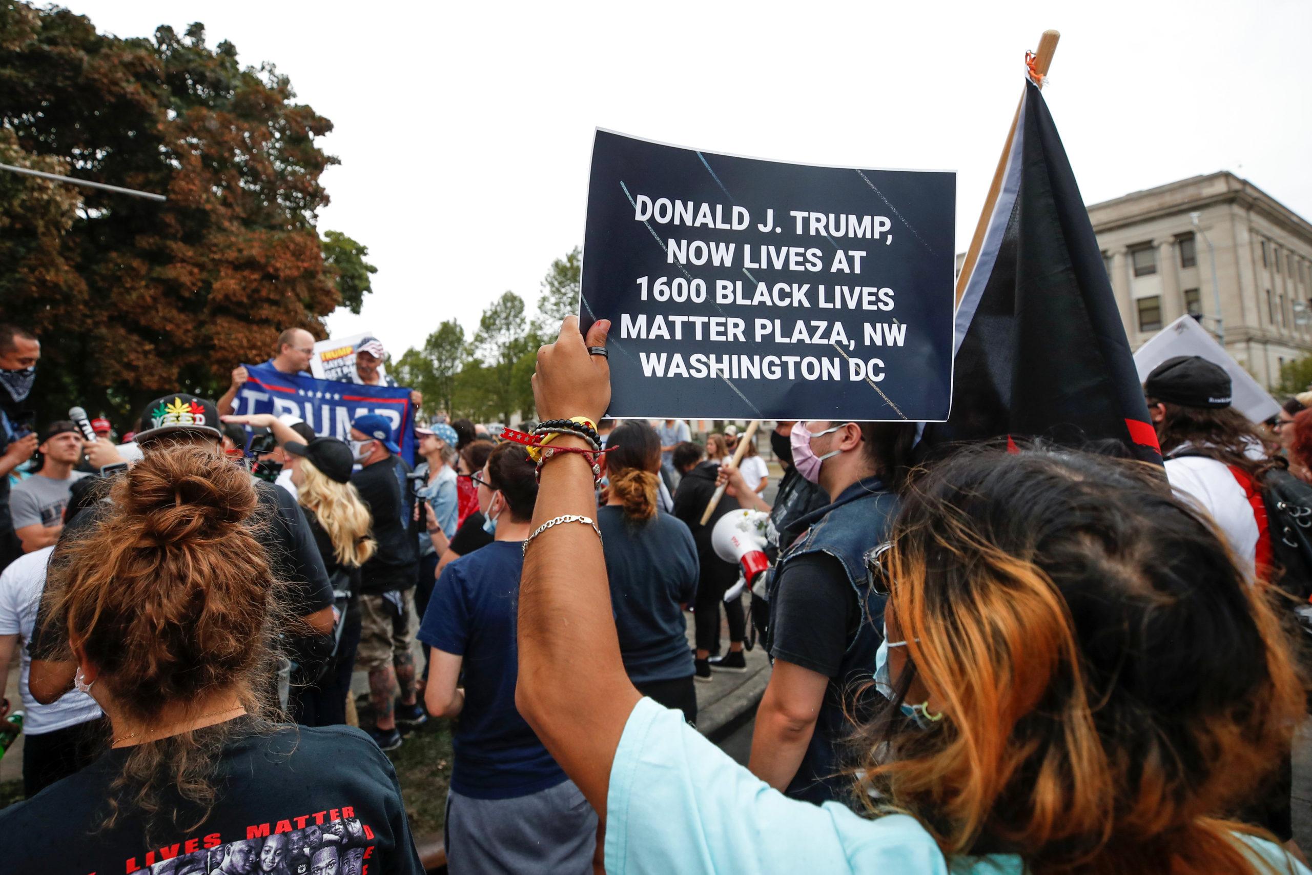 Les manifestants antiracistes résolus à poursuivre malgré la rhétorique sécuritaire de Trump