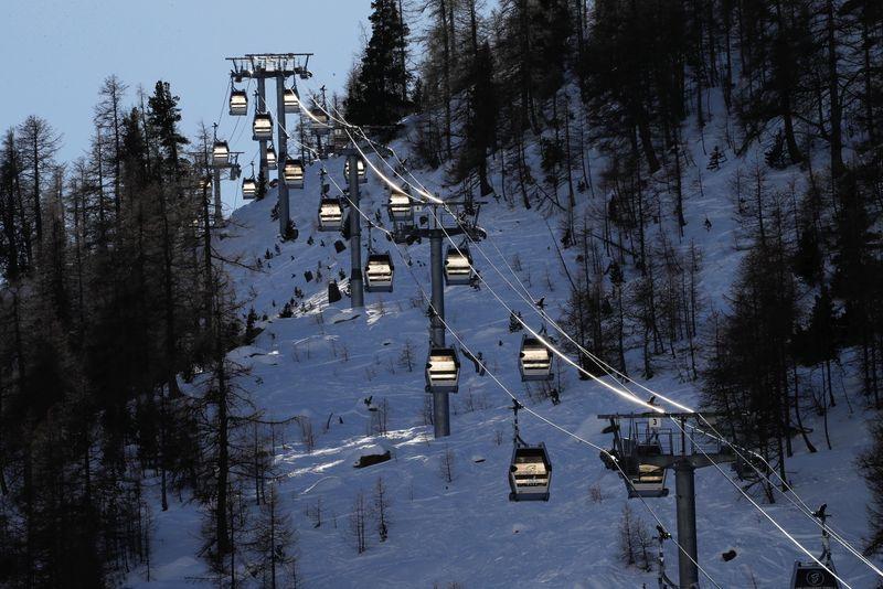 Les remontées mécaniques des stations de ski ne rouvriront sans doute pas de la saison
