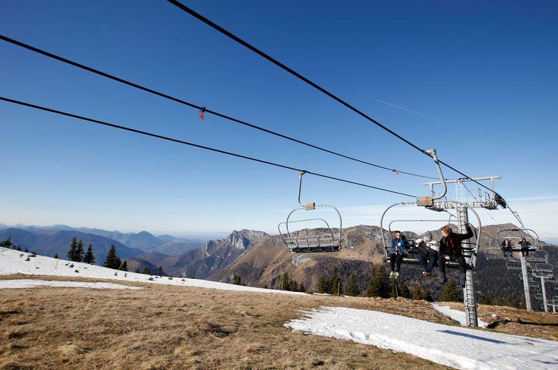 Les stations de ski européennes veulent sauver la saison
