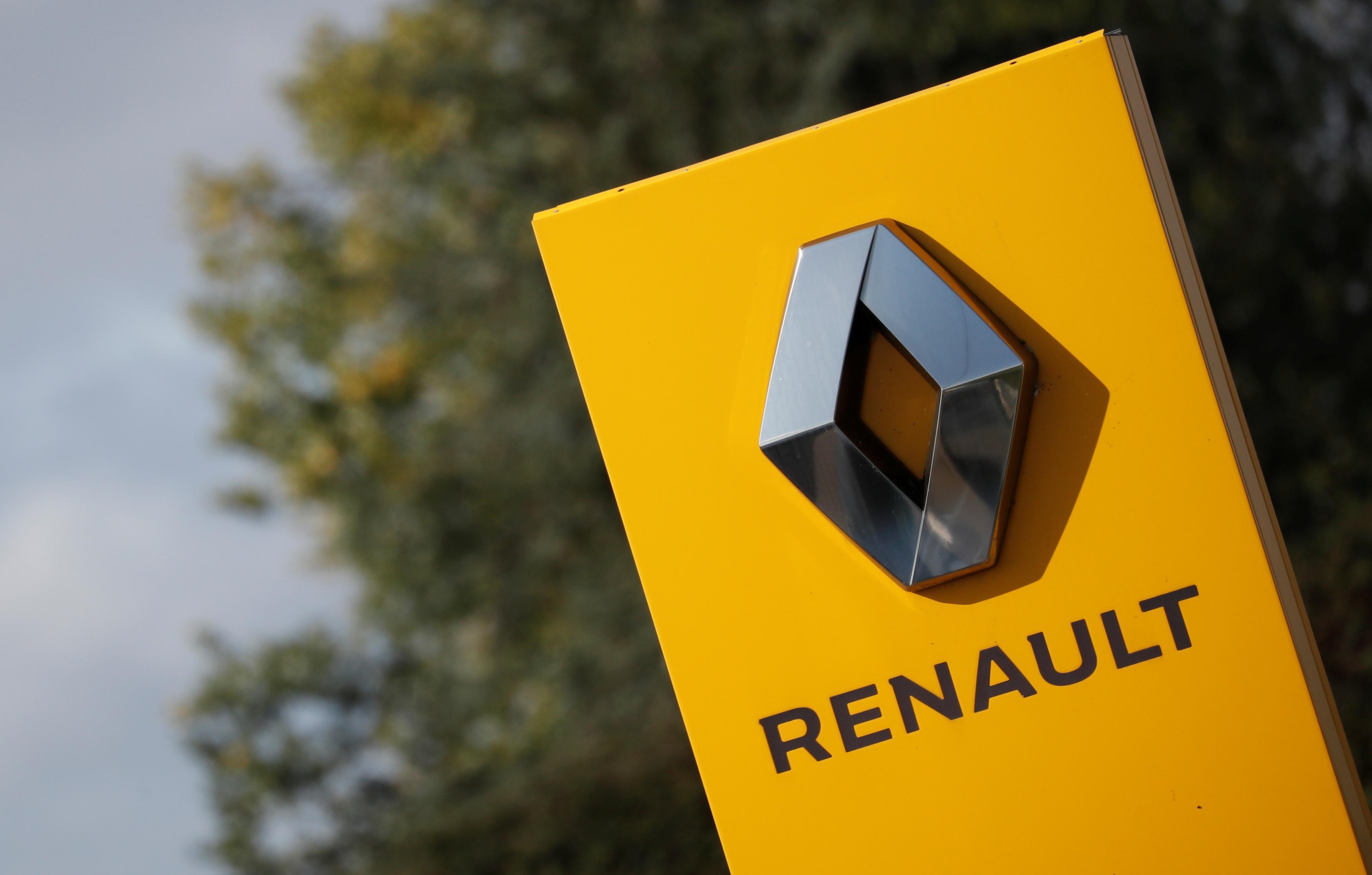 """Les syndicats de Renault voteront """"non"""" au plan d'économies, rapporte Le Figaro"""
