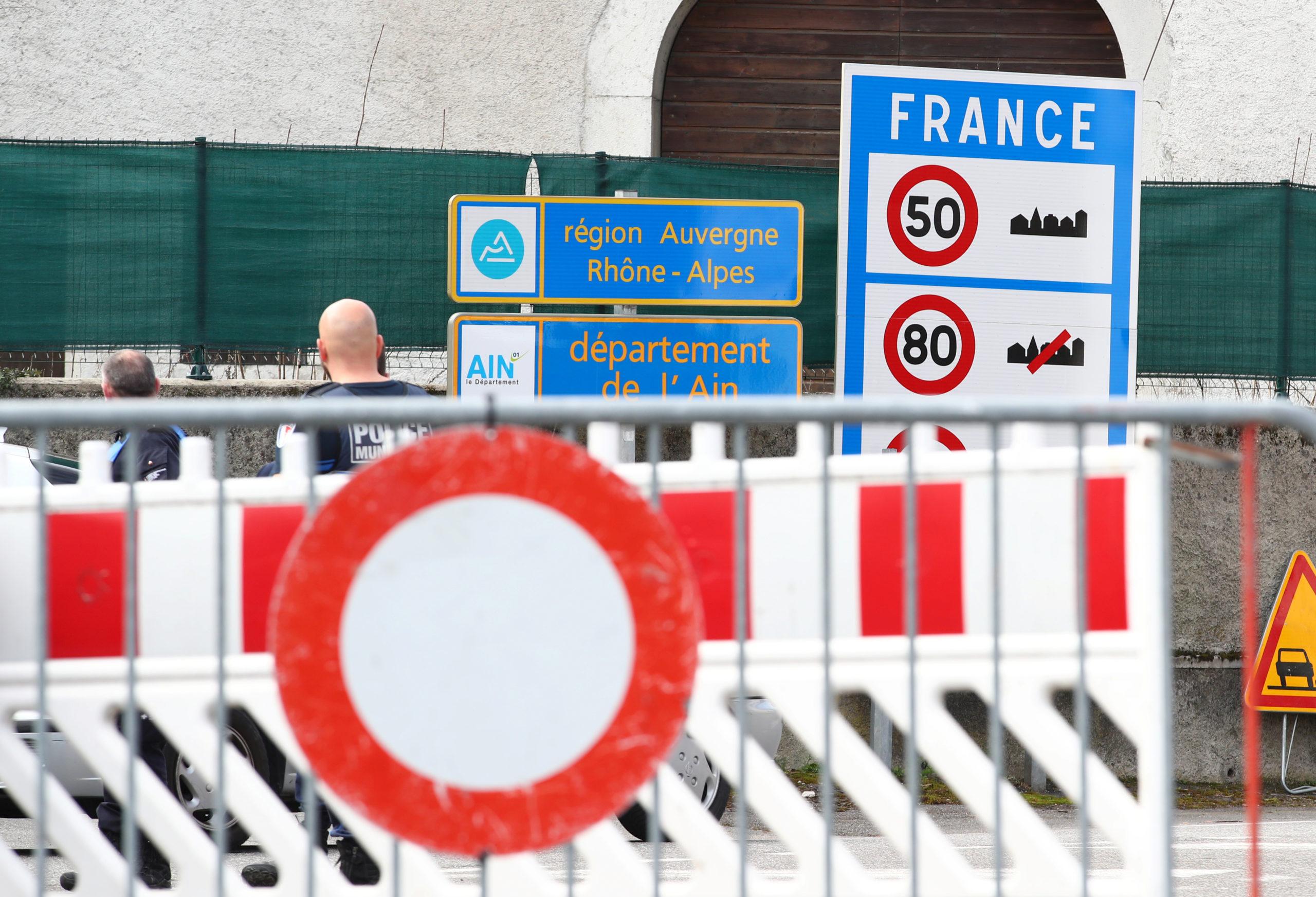 Levée progressive lundi des restrictions aux frontières européennes