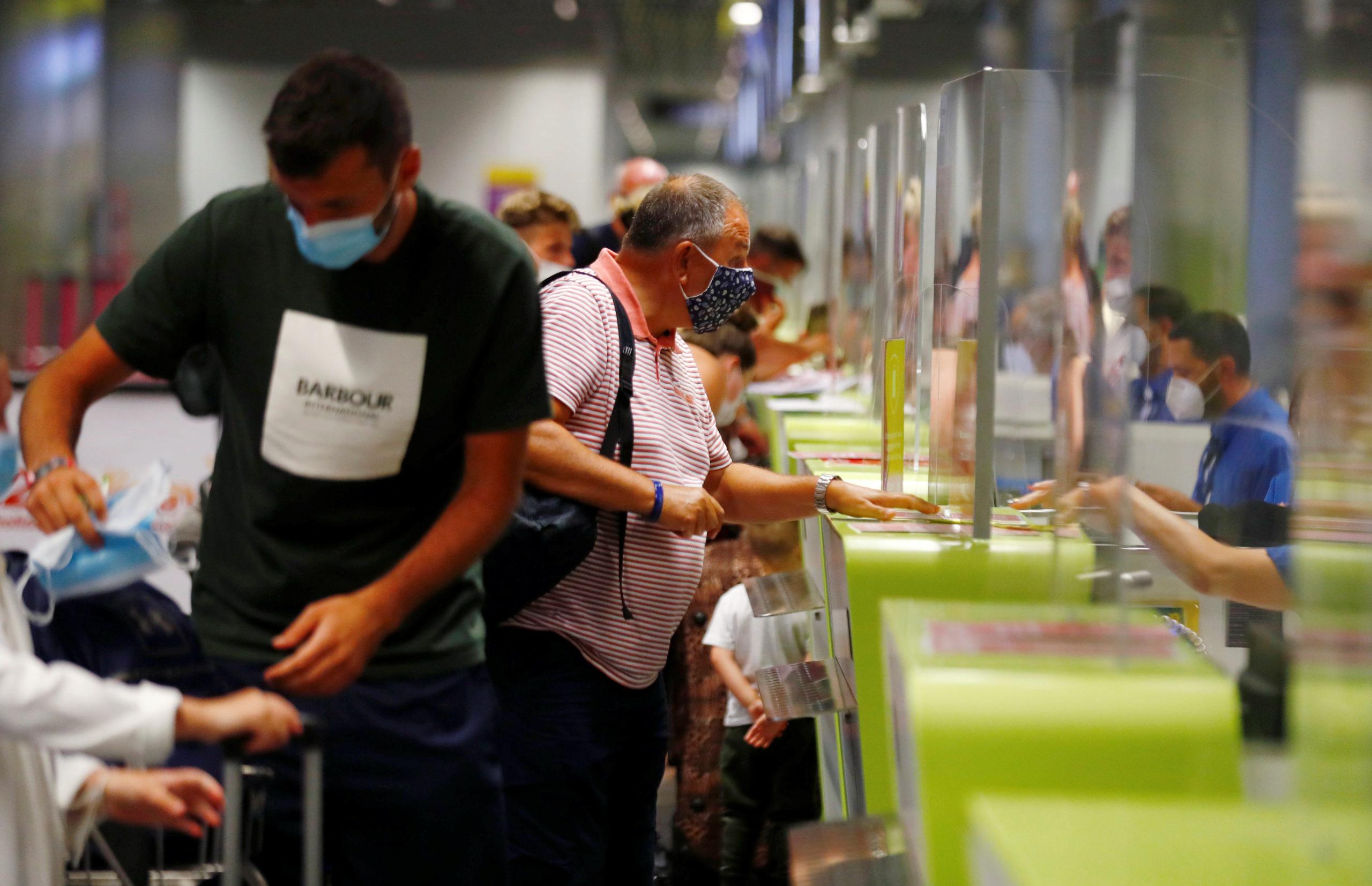 Londres rétablit la quarantaine pour les voyageurs venant d'Espagne