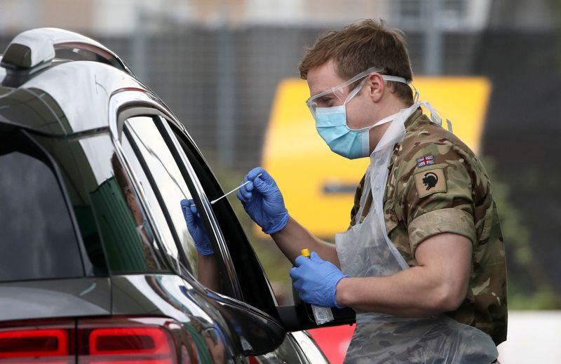 Londres va tester 100.000 Britanniques pour mesurer la propagation du virus