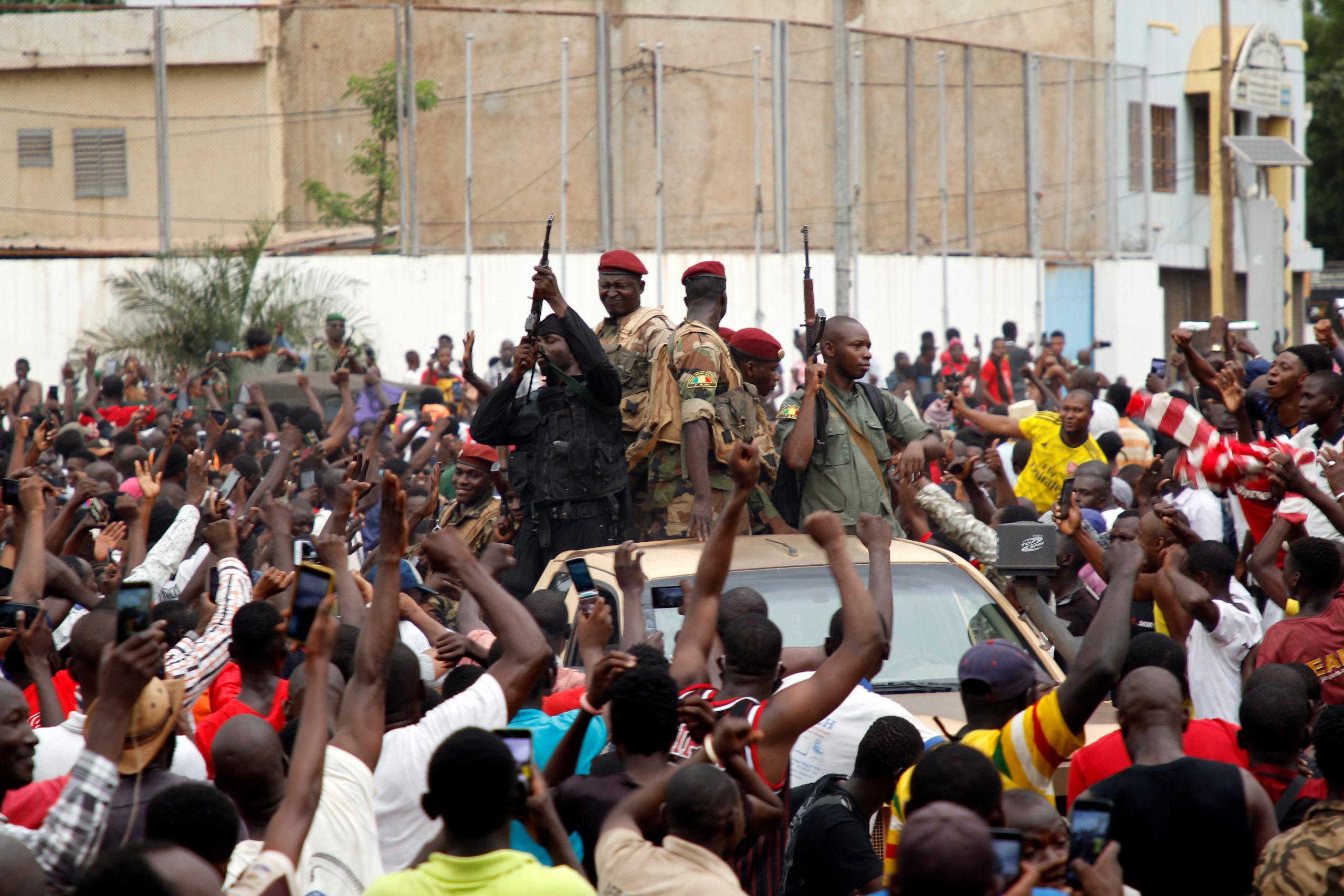 """Mali: Les putschistes promettent des élections dans un délai """"raisonnable"""""""