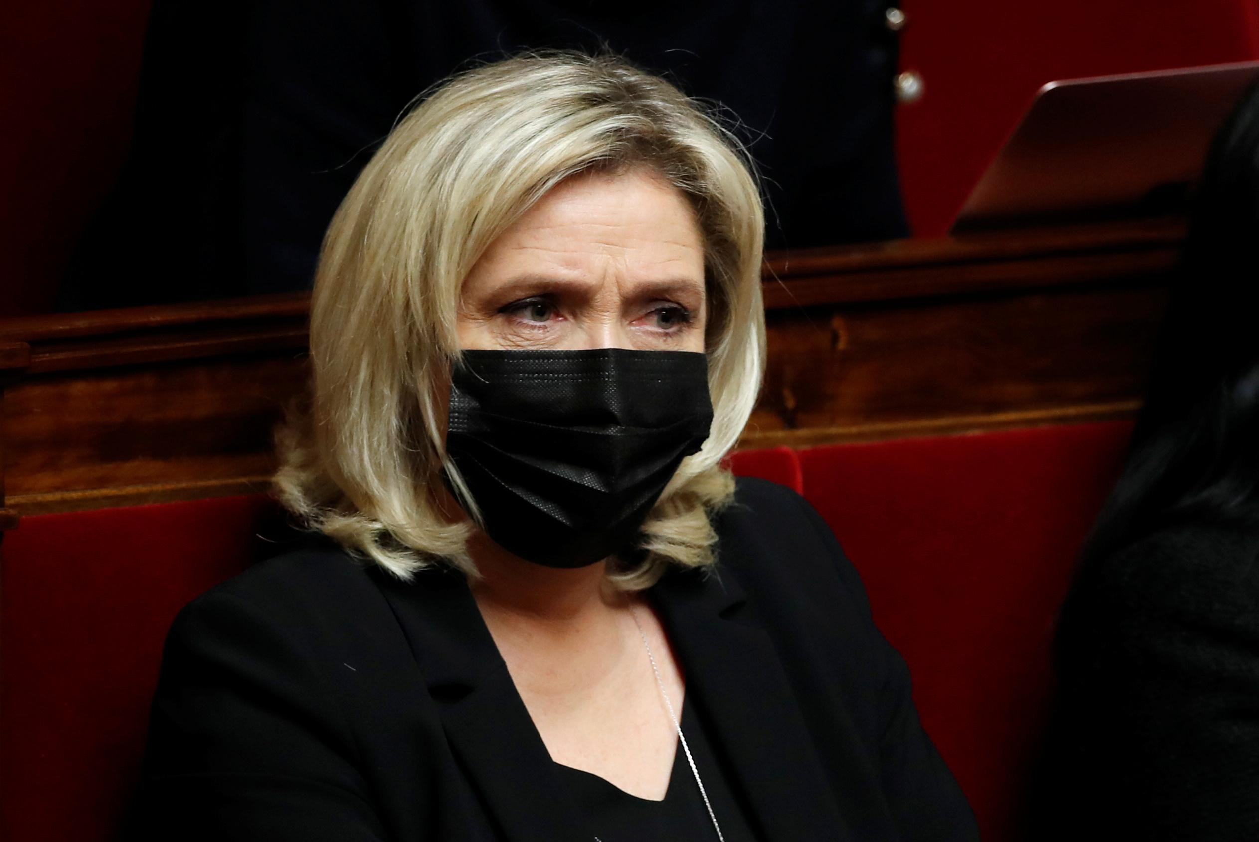 Marine Le Pen peut gagner la présidentielle en 2022, dit Bruno Le Maire