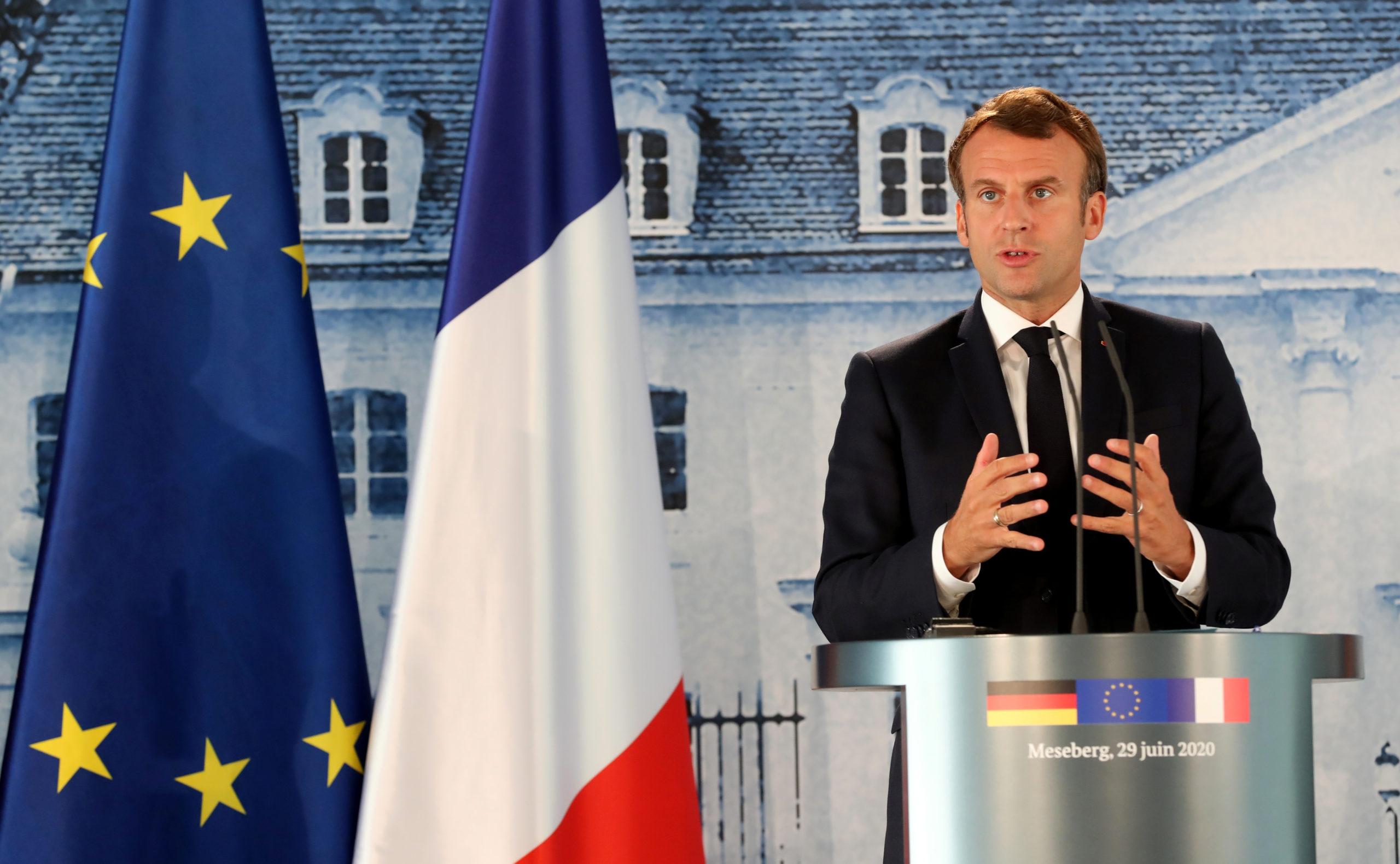 """Municipales: Macron ne veut pas tirer de conclusions """"excessives"""""""