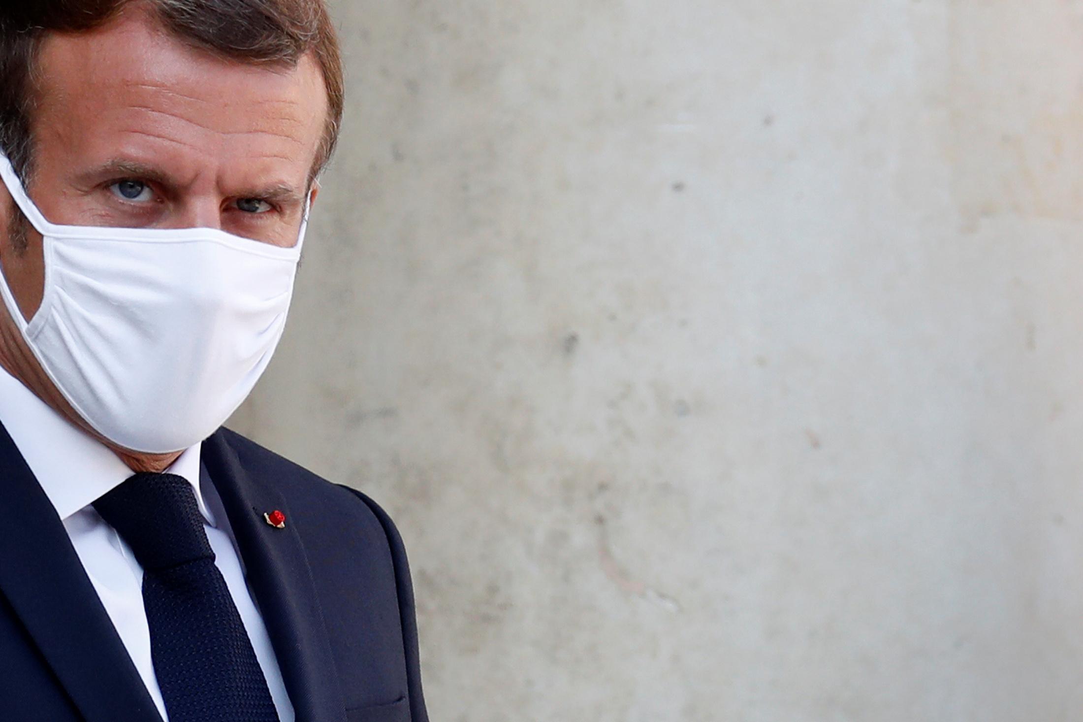"""Navalny: """"Nous ferons respecter nos lignes rouges"""", dit Macron"""