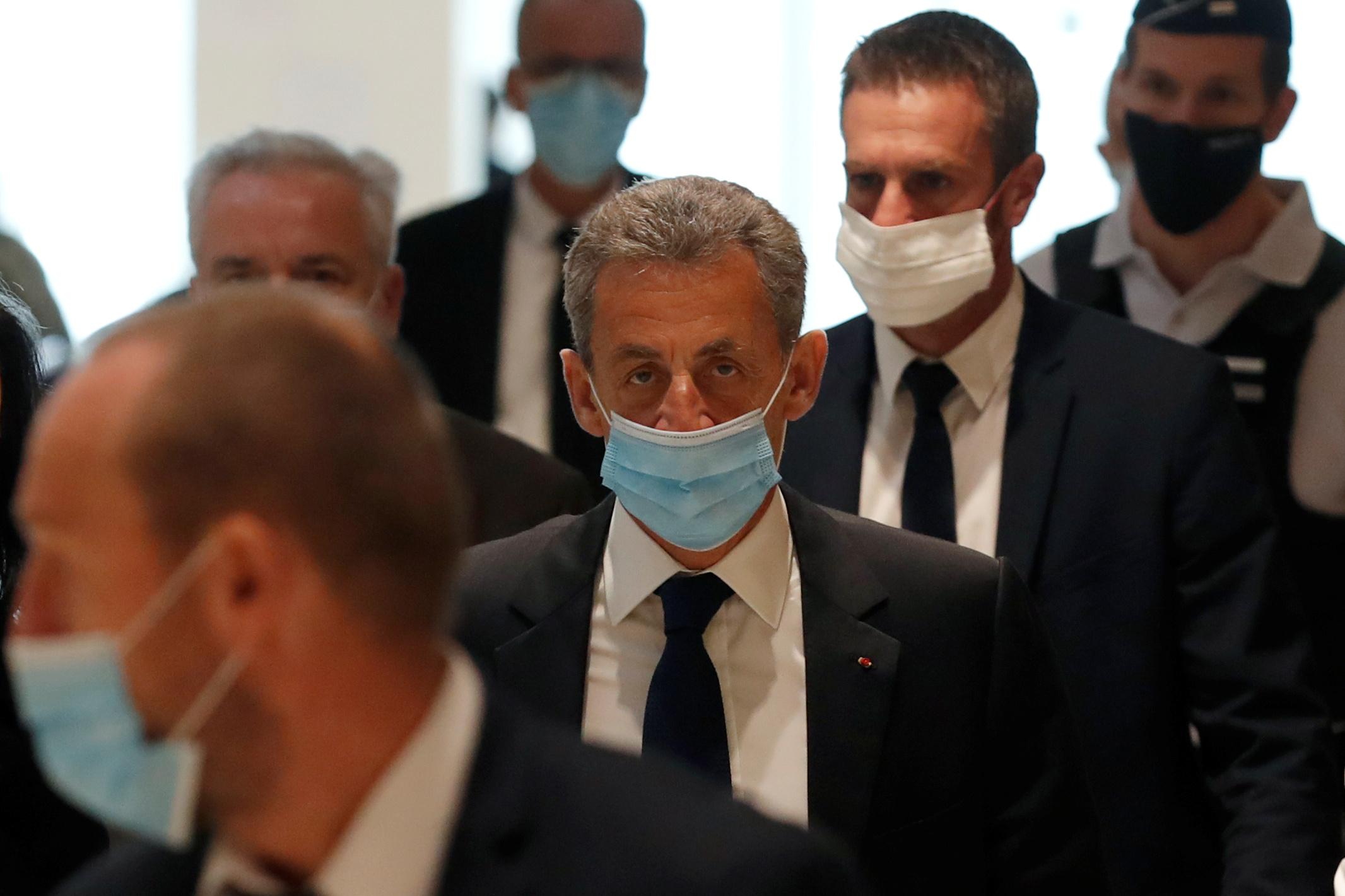 """Nicolas Sarkozy condamné pour corruption dans l'affaire des """"écoutes"""""""