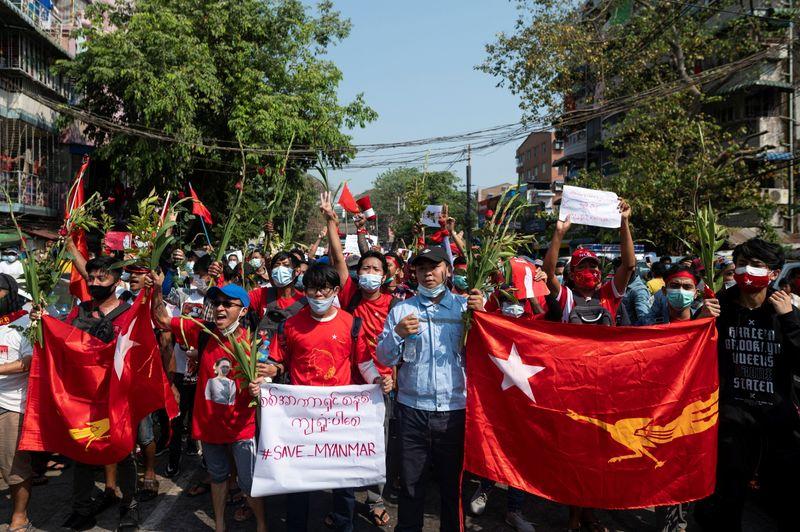 Nouvelles manifestations contre le coup d'Etat en Birmanie