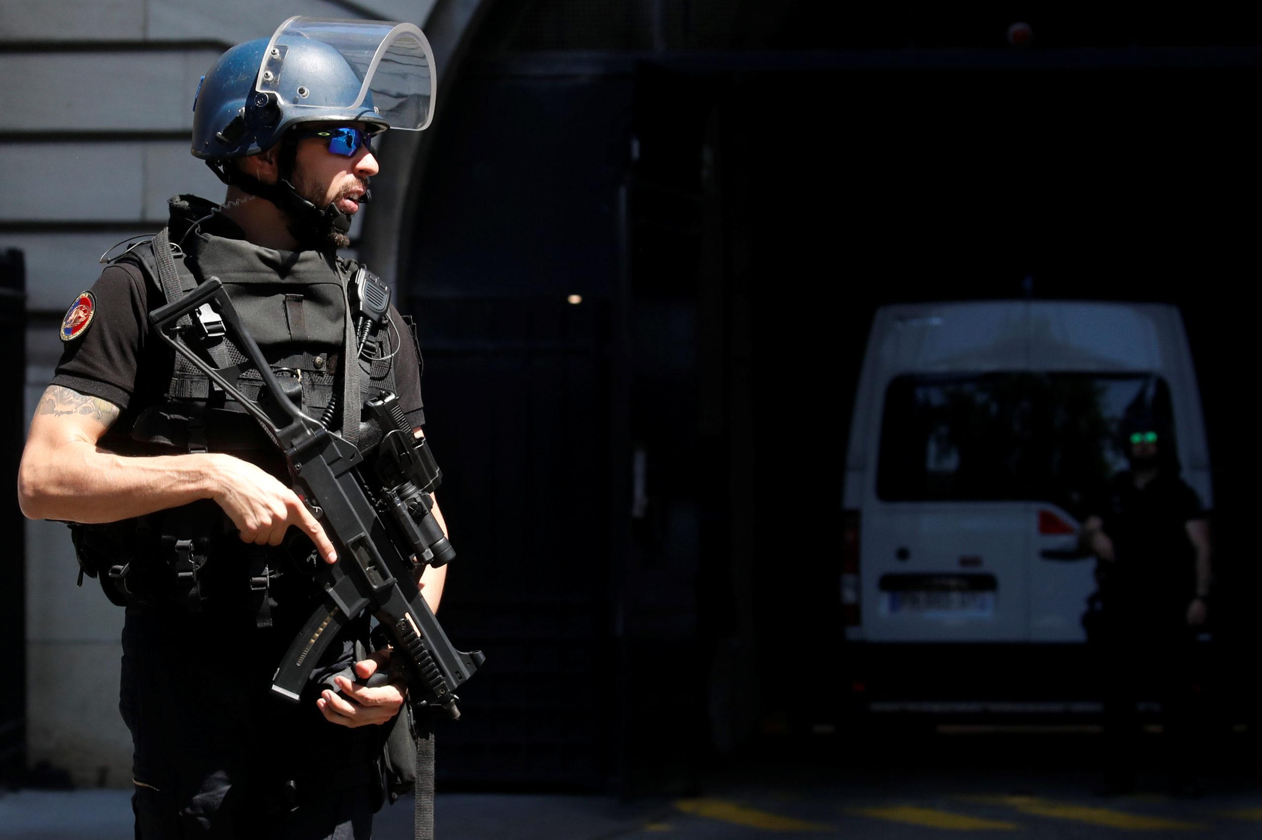 Opération de police terminée à la Défense