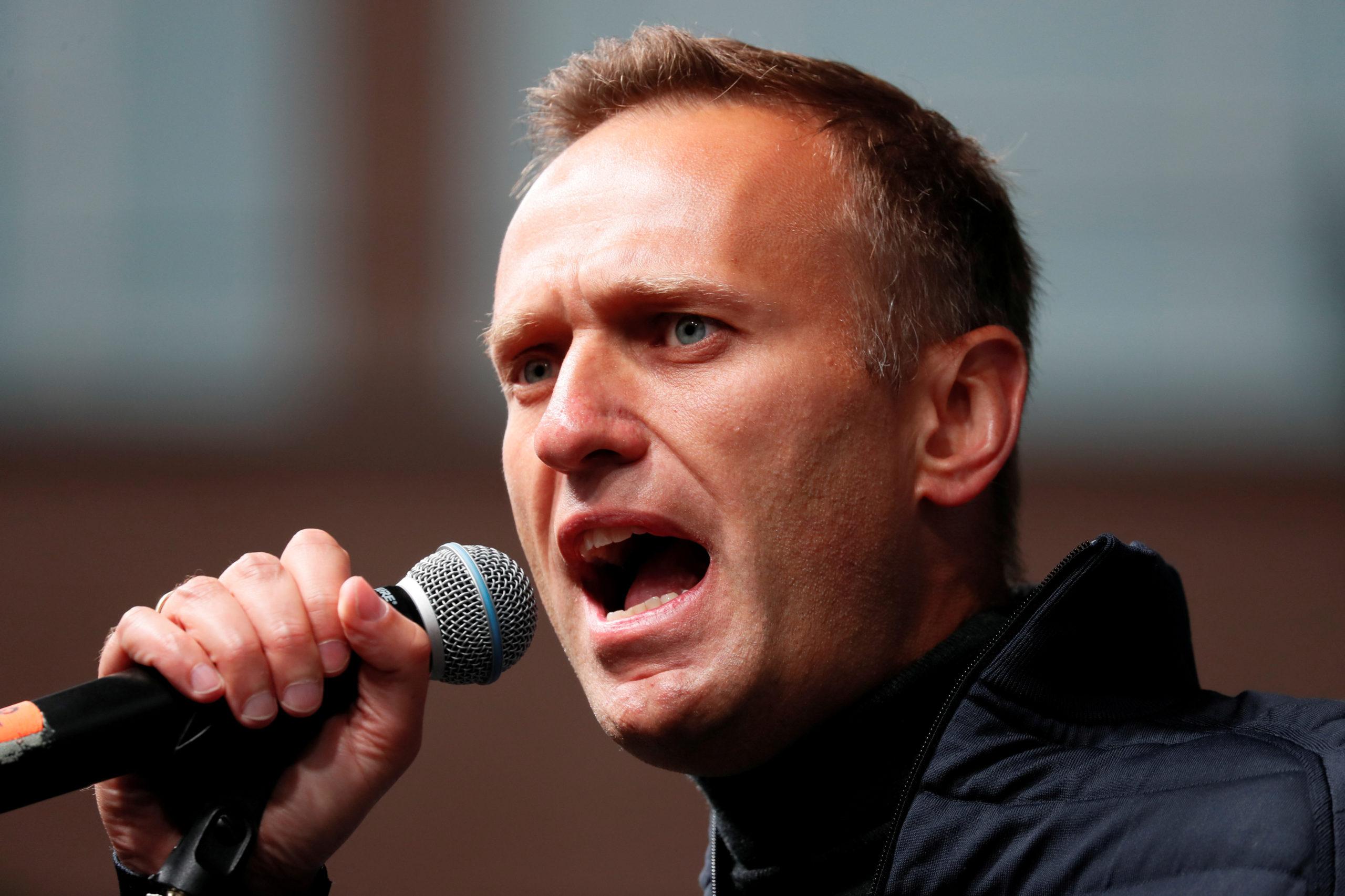Paris prêt à accueillir l'opposant russe Navalny dans le coma