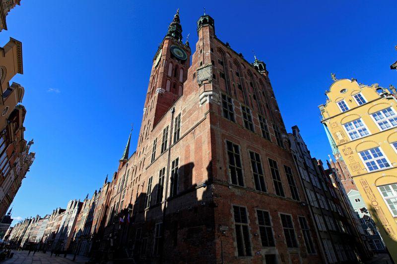 Pologne: Les contaminations au COVID-19 se stabilisent, les centres commerciaux vont rouvrir