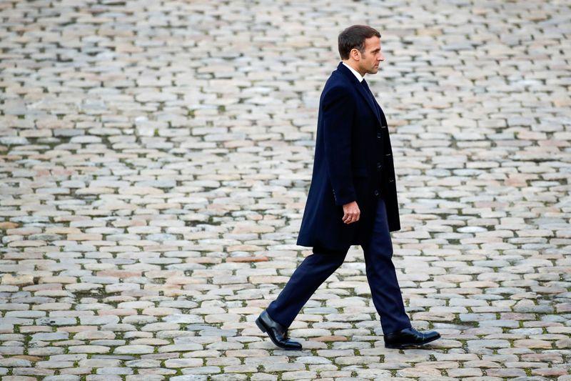"""Interpellation brutale de Michel Zecler: Emmanuel Macron dénonce une """"agression"""" qui fait """"honte"""""""