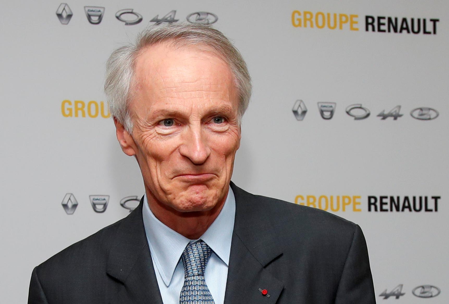 Renault entend quadrupler la production de véhicules électriques en France d'ici 2024, dit Senard