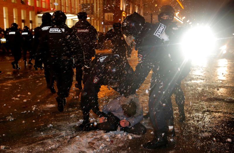 Russie: Près de 3.500 arrestations dans les manifestations soutenant Alexeï Navalny