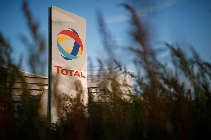 Total débourse 2,5 milliards de dollars pour se renforcer dans l'énergie solaire