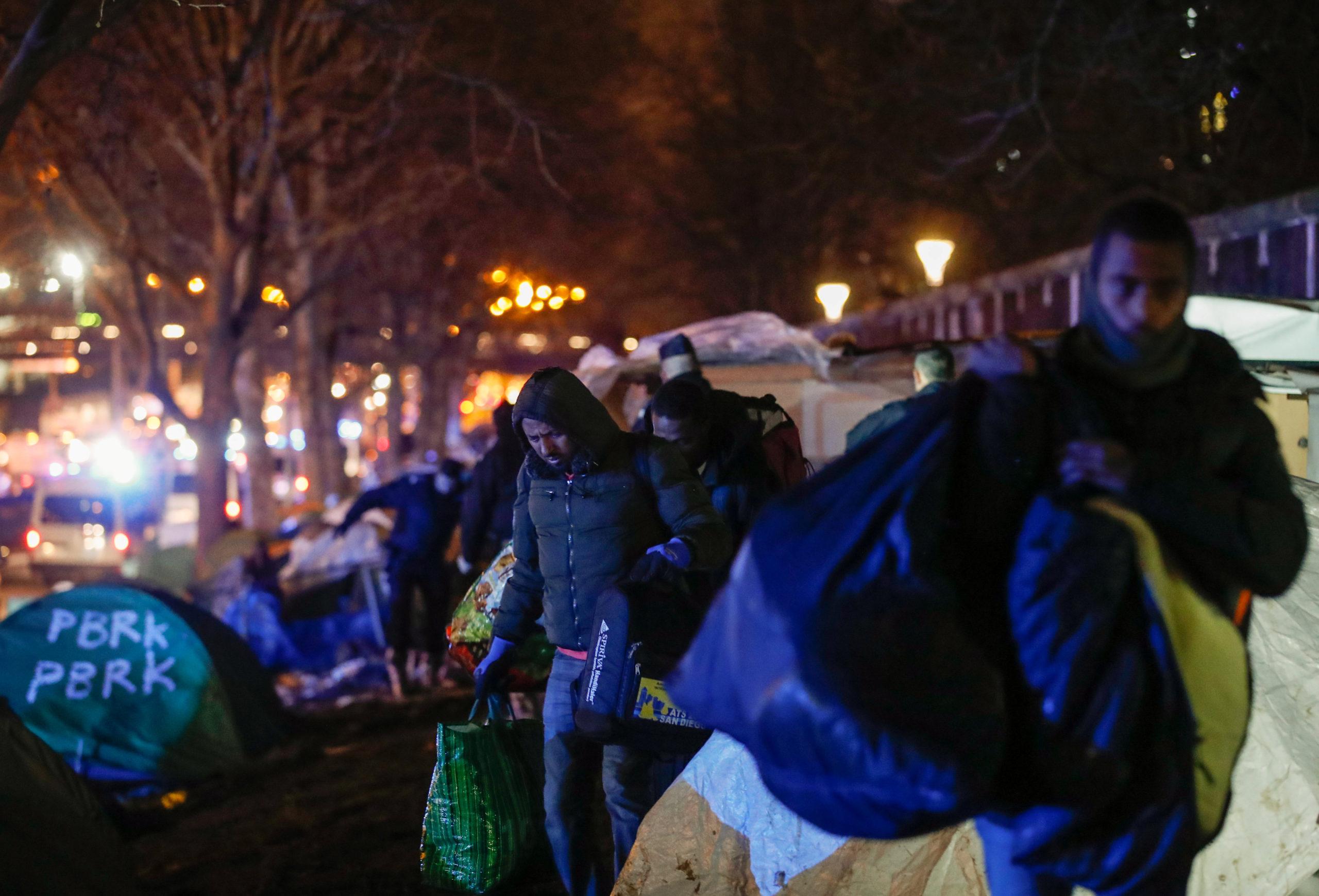 Un campement de migrants évacué en Seine-Saint-Denis