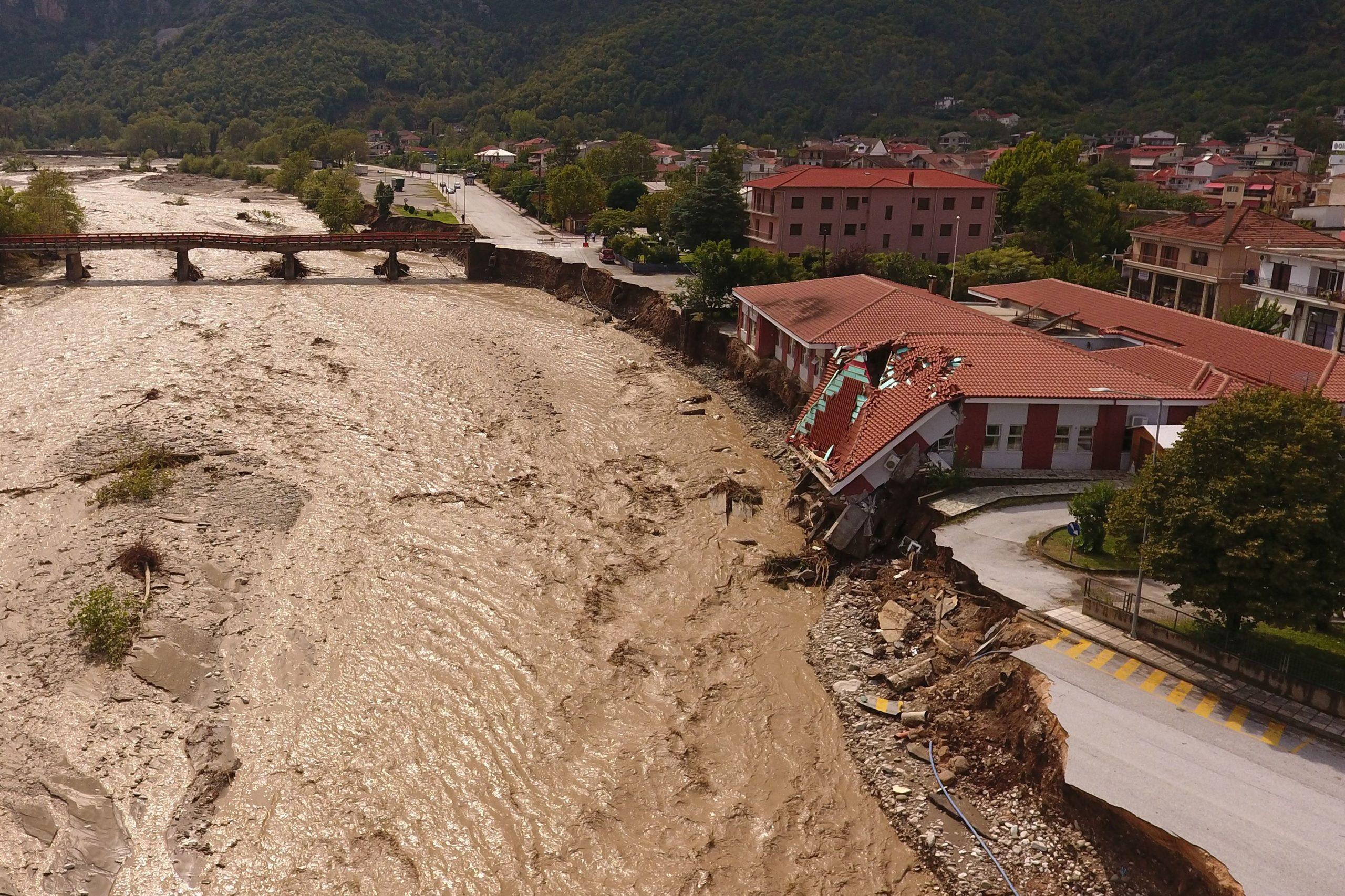 Un ouragan méditerranéen a fait deux morts en Grèce