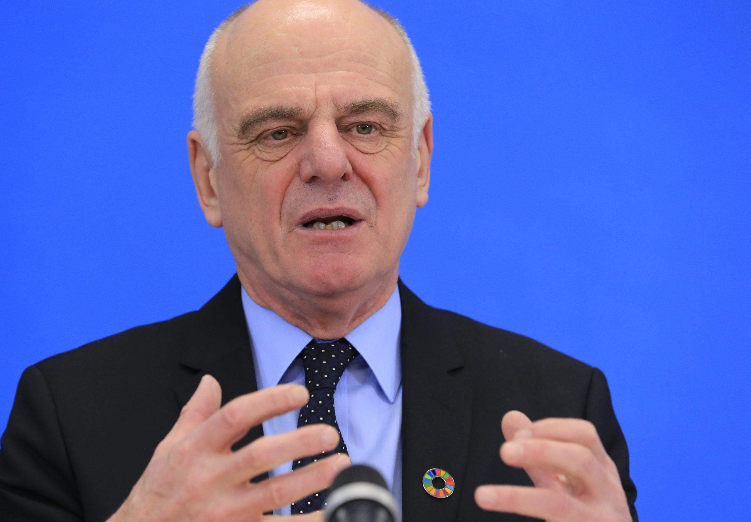 Un responsable de l'OMS redoute une troisième vague épidémique début 2021 en Europe