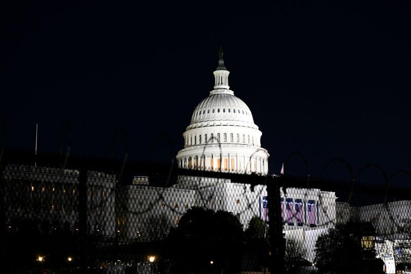USA: A peine entré en fonction, Biden signe une quinzaine de décrets