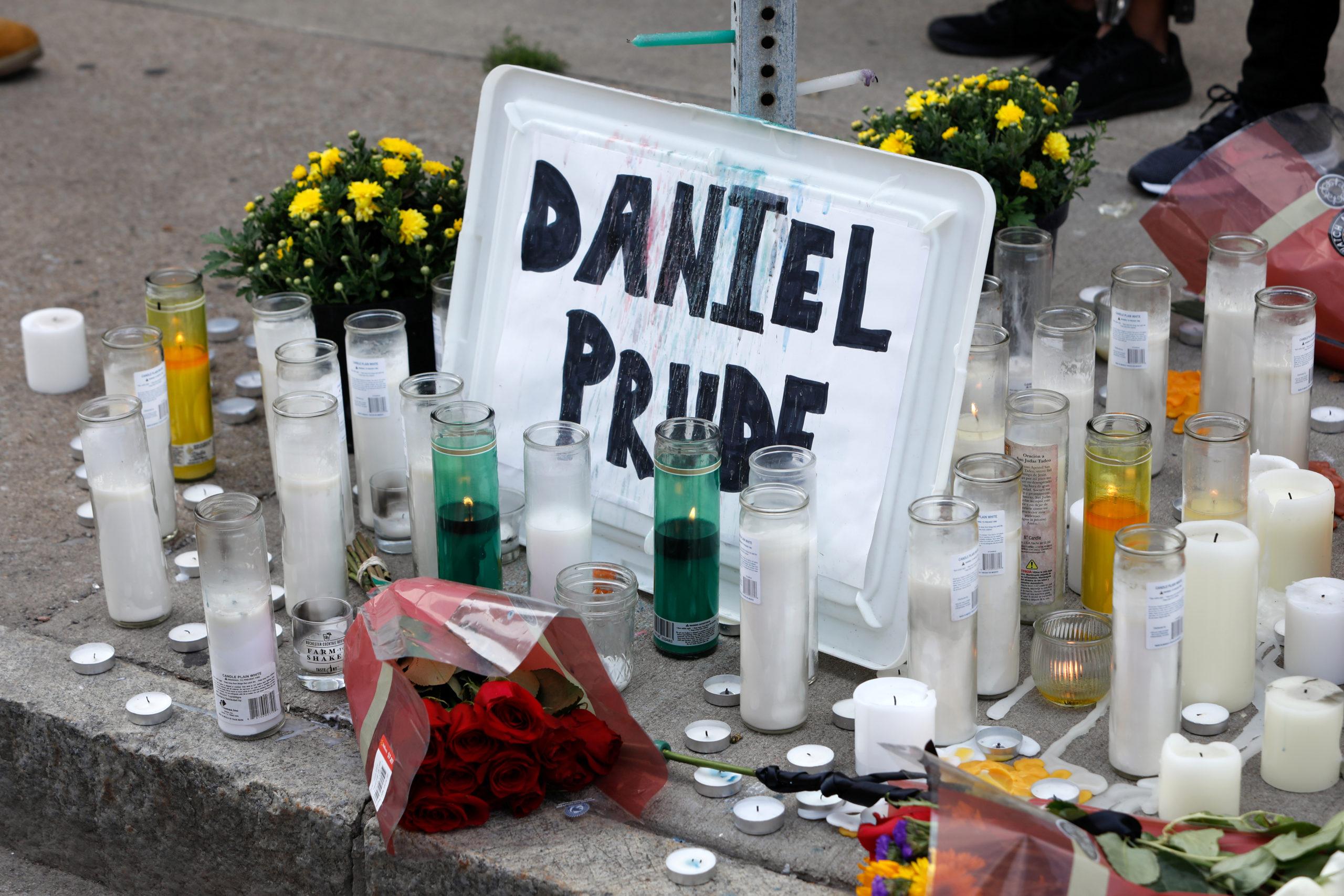 USA: Sept policiers suspendus après la mort d'un homme noir par asphyxie